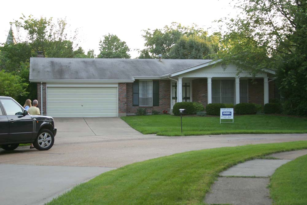 EXTERIOR FRONT_1 BEFORE